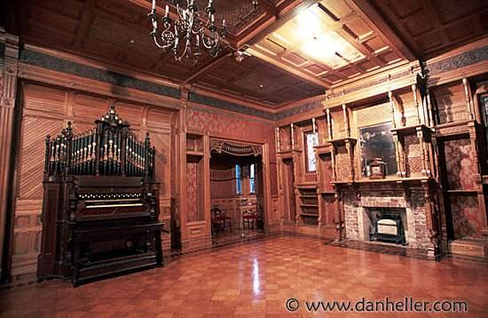 ball-room-organ-big